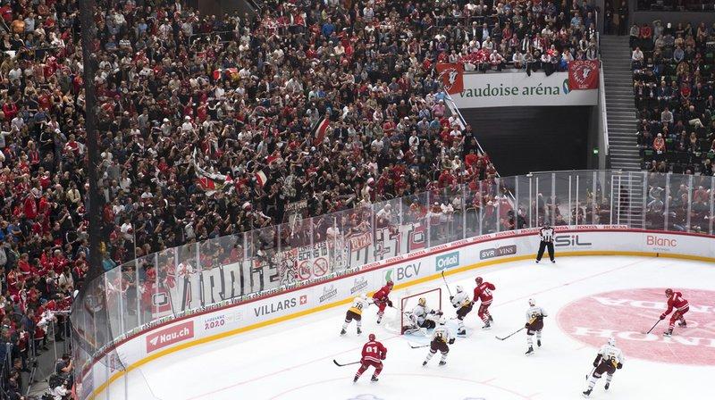 Dans la nouvelle patinoire de Malley, des milliers de spectateurs espéraient voir Lausanne gagner.