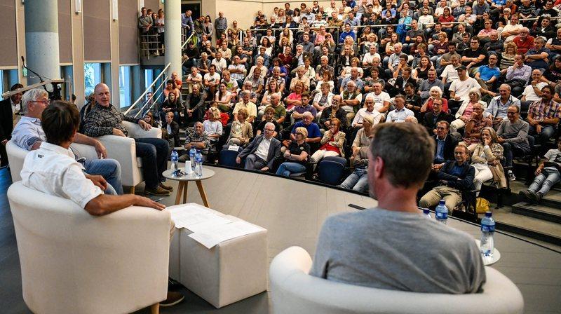 """Plus de 500 personnes ont assisté à cette conférence sur le """"mythe du Lauberhorn""""."""