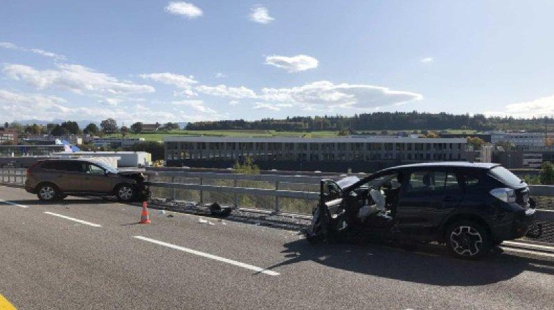Arrivé au milieu du pont du Tiguelet, suite à un assoupissement, le conducteur dévia de sa trajectoire.