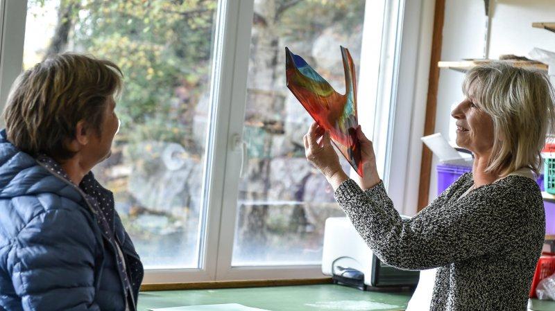 Sylvie Jaccard, artisan verrier, ouvrira son atelier ce week-end à l'occasion de Bon Pied Bon Art.