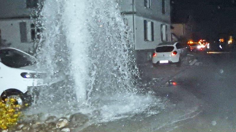 Thurgovie: ivre, un automobiliste percute une borne hydrante et provoque une inondation