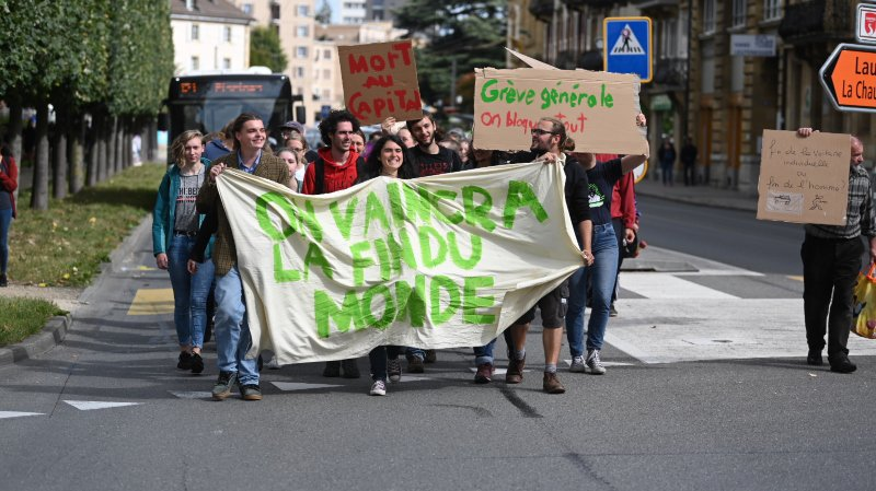 Le centre de Neuchâtel a été perturbé par une manif en faveur du climat