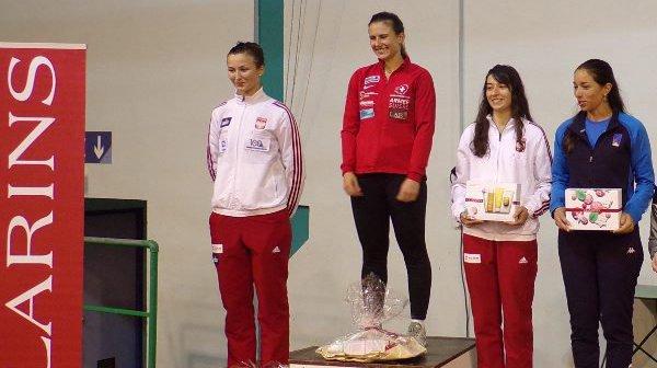 Pauline Brunner sur la plus haute marche du podium à Genève.