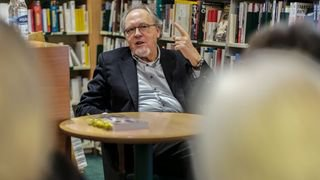 Neuchâtel: Dick Marty à l'Université du 3e âge