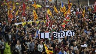 Espagne: nouvelle manifestation indépendantiste sous tension à Barcelone