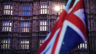 Royaume-Uni: l'accord de Brexit reçoit un premier soutien capital des députés