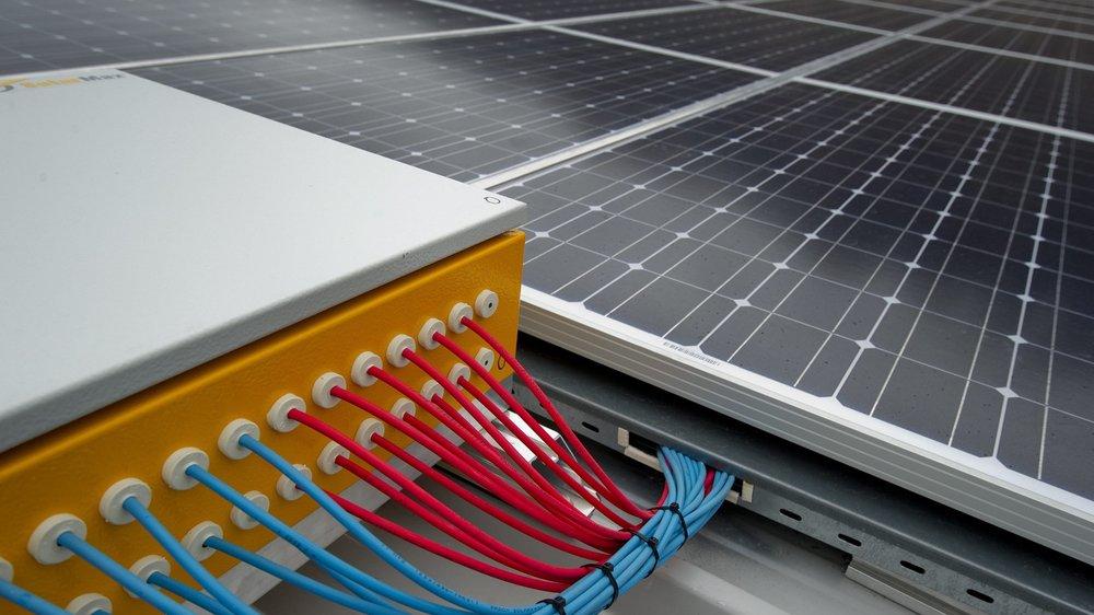L'été prochain, la commune de Cressier procédera à l'installation d'une centrale solaire sur les toits du collège.