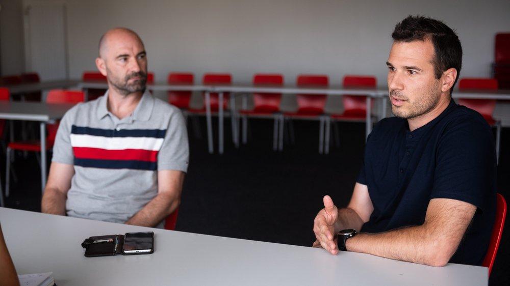 Frédéric Page (à droite, avec Joël Magnin) attend de rencontrer Jean-François Collet pour se prononcer sur l'apport possible du nouveau propriétaire dans le développement du club.