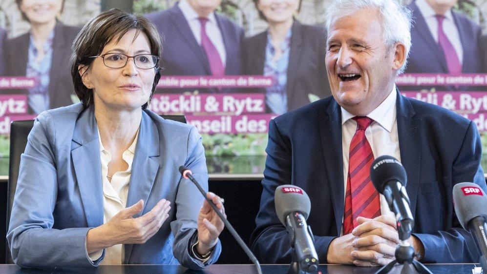 Le socialiste Hans Stöckli (à droite) est sous la menace de sa colistière, le Verte Regula Ritz, mais aussi de l'UDC Werner Salzmann.
