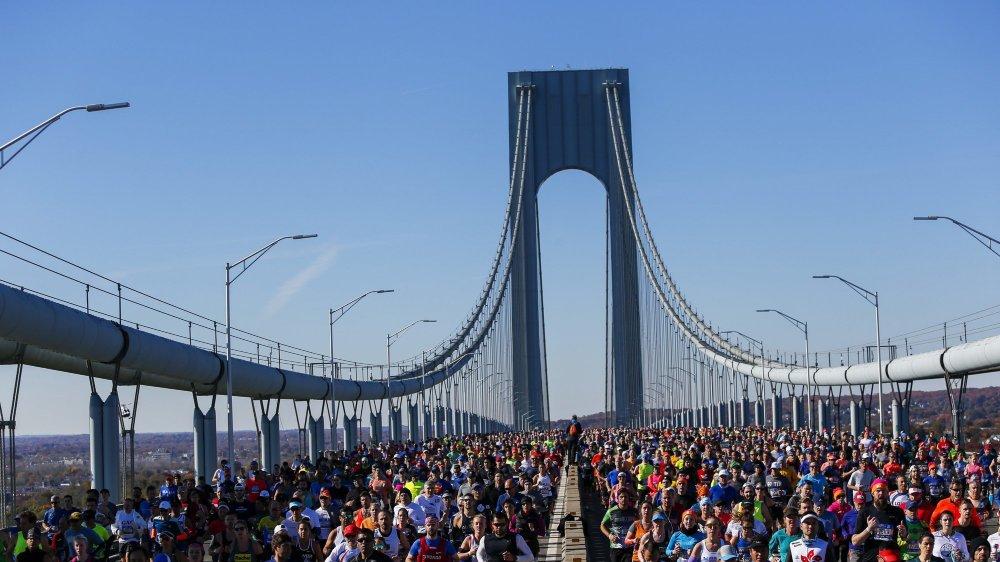Le pont Verrazano-Narrows, qui relie Staten Island à Brooklyn, est l'une des icônes du marathon de New York.