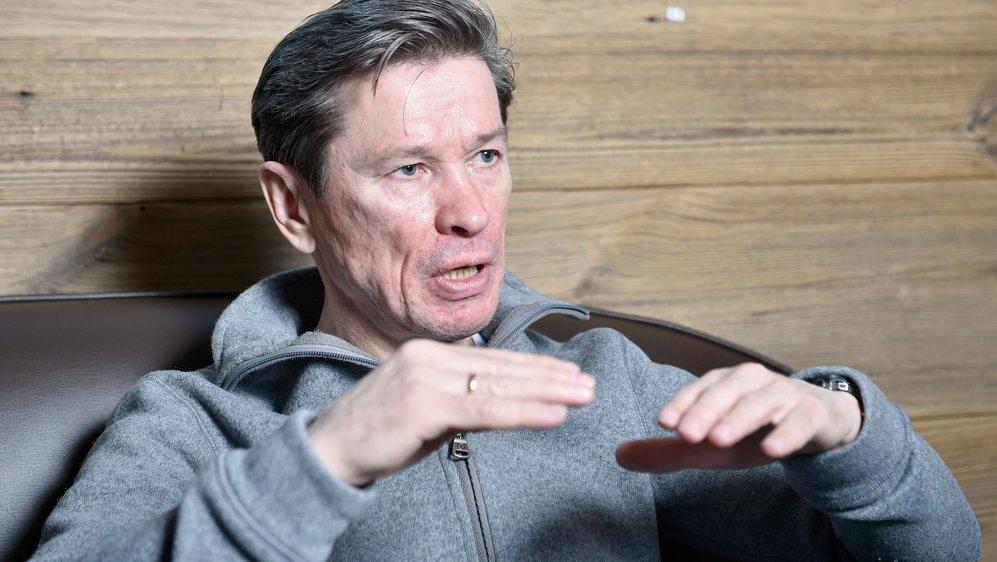Slava Bykov, ancien joueur et entraîneur de hockey.
