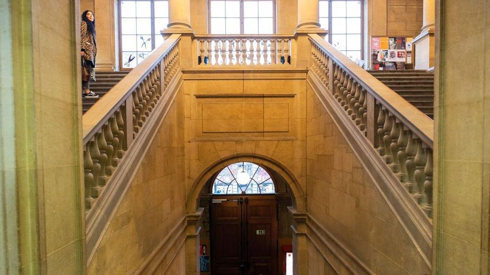 Le bâtiment du Collège latin va au-devant d'importants réaménagements intérieurs.