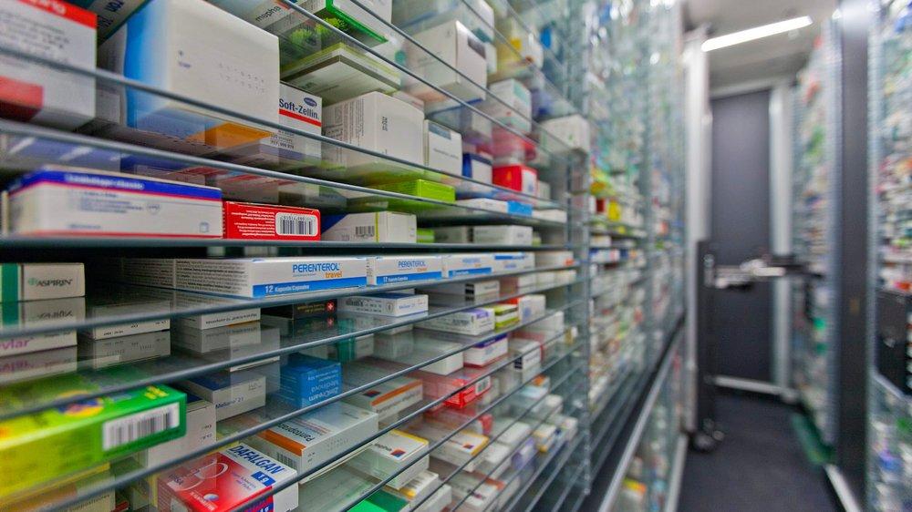 Le prix de 257 médicaments vendus sur ordonnance, soit 54% des 478 examinés, reculera de 16,3%  en moyenne.