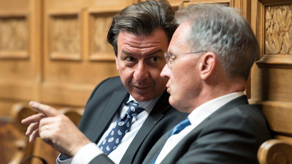 Corrado Pardini (PS/BE), syndicaliste d'Unia, à gauche, et Hans-Ulrich Bigler (PLR/ZH), directeur de l'Usam, ont perdu leur fauteuil.