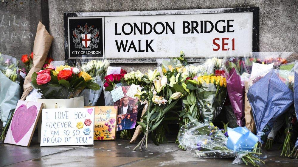 L'attentat du London Bridge, qui a fait deux morts, fait irruption dans la campagne électorale britannique.