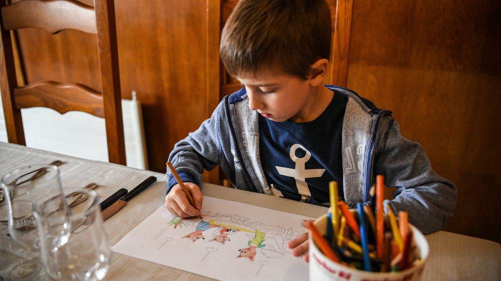 La Paternelle propose aux enfants de dessiner au restaurant, au lieu de pianoter sur un écran.