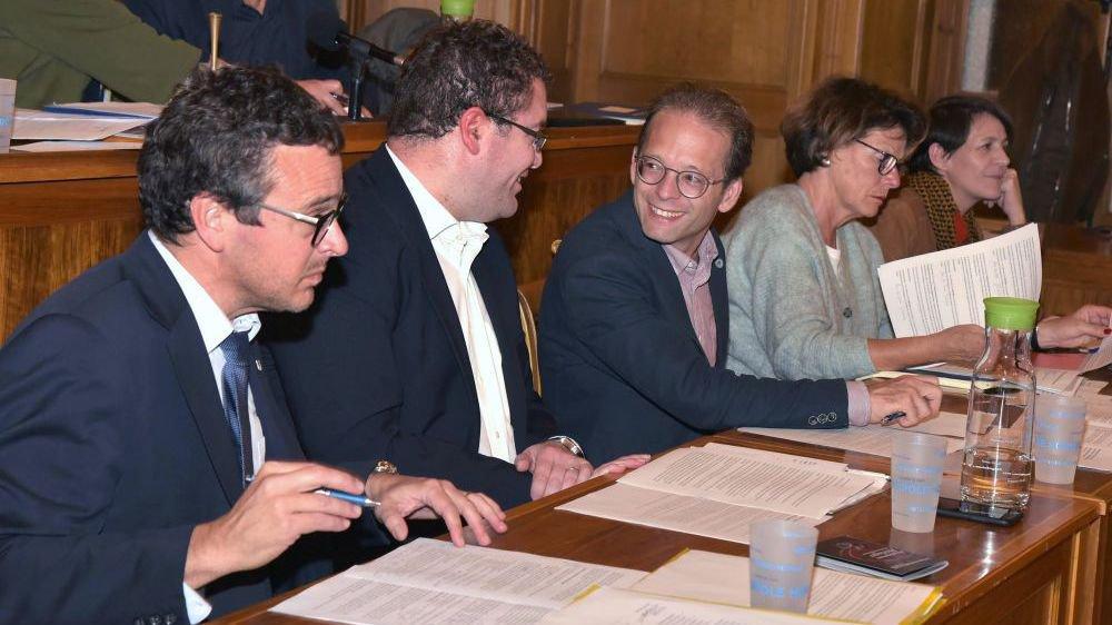 A l'avenir, le Conseil communal sera-t-il élu par le peuple ou le Conseil général? Les citoyens de La Chaux-de-Fonds trancheront le 24 novembre.