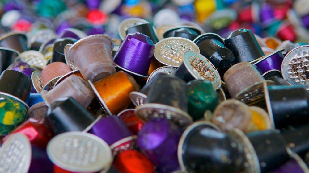 Neuchâtel souhaite que les grands distributeurs récupèrent notamment les capsules en aluminium.
