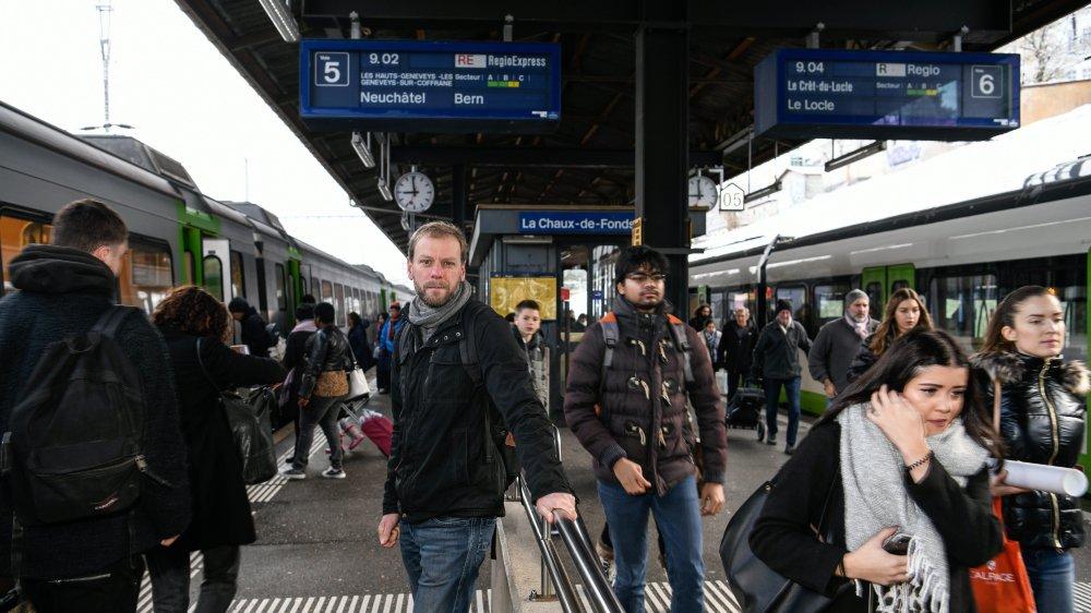 Le Chaux-de-Fonnier Fabien Fivaz se rend déjà régulièrement à Berne, en train, pour préparer son entrée dans ses nouvelles fonctions de conseiller national.