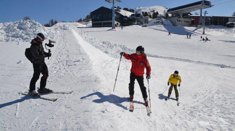 Un film neuchâtelois suit l'odyssée de skieurs malvoyants et de leur guide