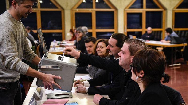 Election de l'exécutif: pourquoi le canton de Neuchâtel fait exception