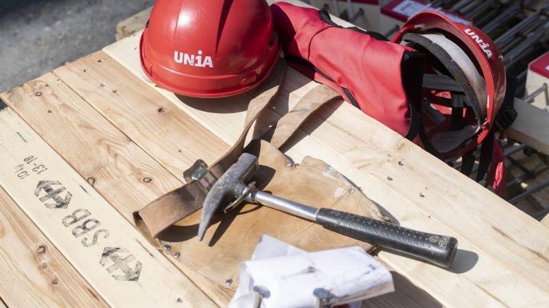 Construction: des ouvriers neuchâtelois «posent les outils» pour une augmentation des salaires