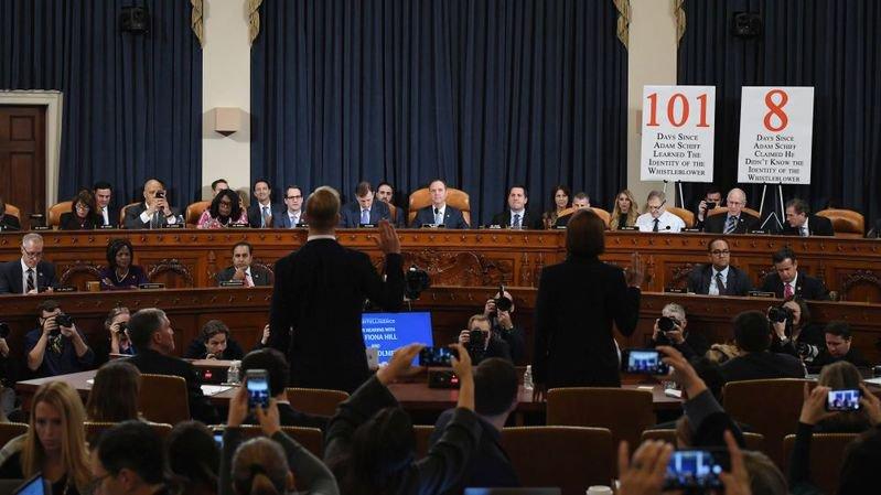 Eclairage: «L'impeachment ou le théâtre de l'absurde politique»