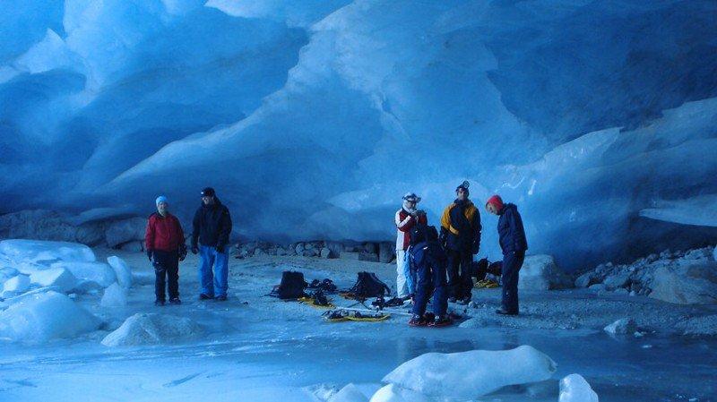 Découverte des grottes du Glacier de Zinal