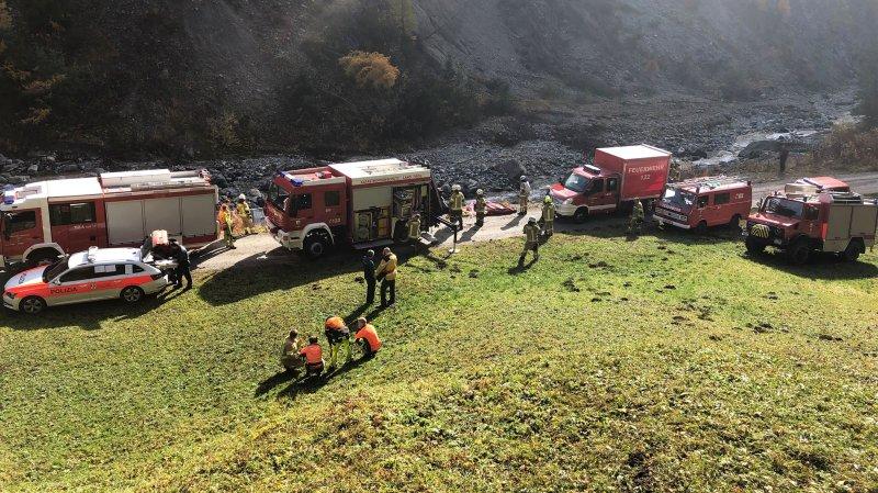 Grisons: 800 litres de kérosène se sont déversés dans un ruisseau après un accident