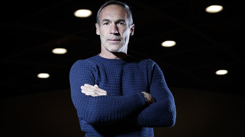 L'aventurier suisse Mike Horn en difficulté à cause de la glace trop fine de l'Arctique