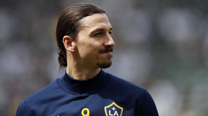 Zlatan Ibrahimovic, 38 ans, a annoncé son départ du Los Angeles Galaxy mercredi sur son compte Twitter.