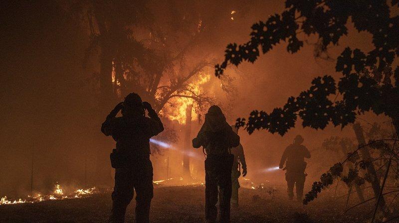 Incendies en Californie: 180'000 personnes sommées d'évacuer