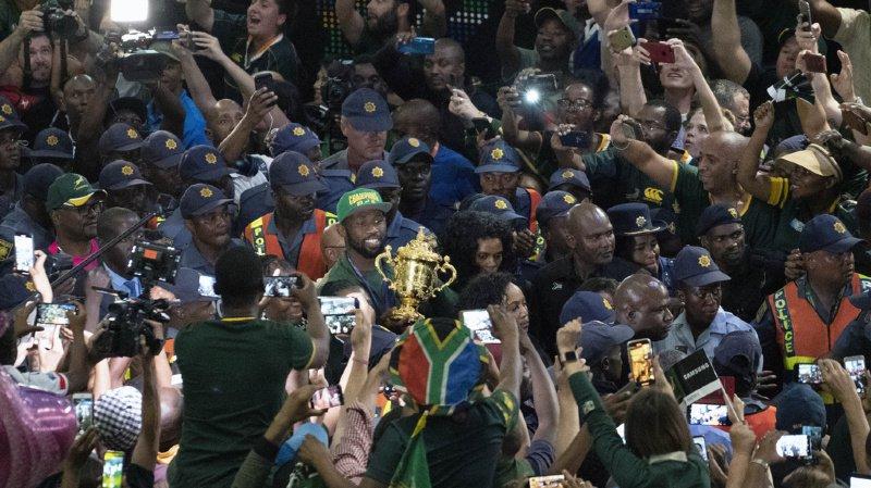 Rugby – Coupe du monde: Les Springboks accueillis en héros dans une Afrique du Sud en crise