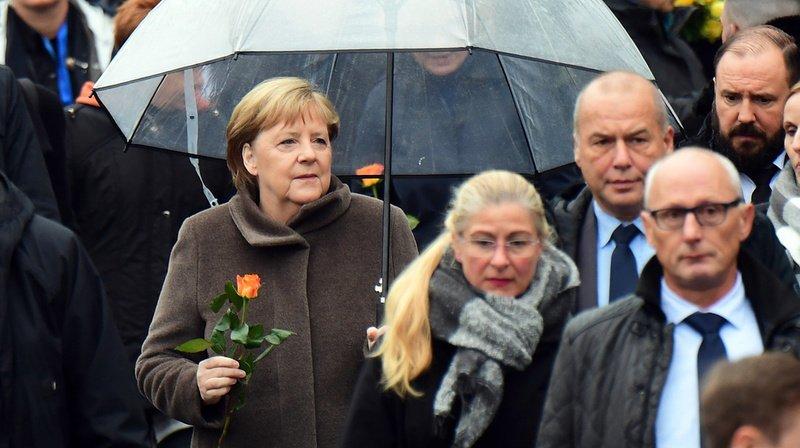 Chute du Mur de Berlin: Angela Merkel appelle l'Europe à défendre la démocratie
