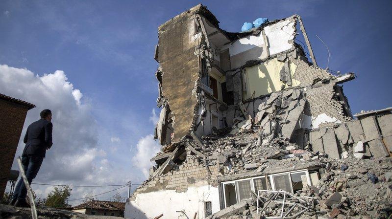 Le séisme qui a frappé mardi à l'aube était de magnitude 6,4, le plus puissant depuis près d'un siècle dans ce petit pays des Balkans.