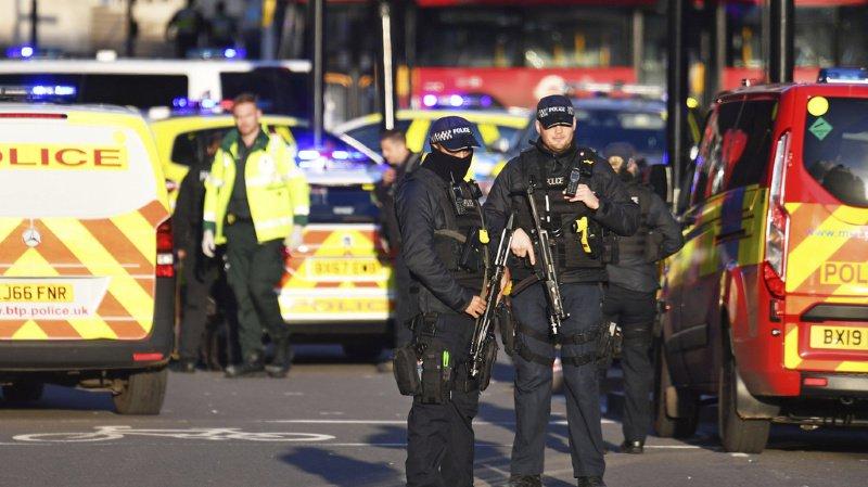L'endroit, dans le coeur de la capitale britannique, a été bouclé, selon la BBC.