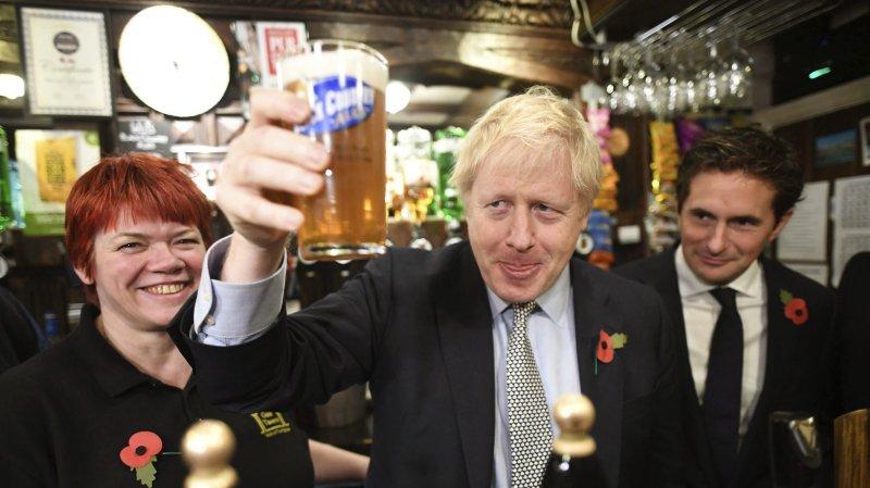 Boris Johnson sur deux fronts électoraux