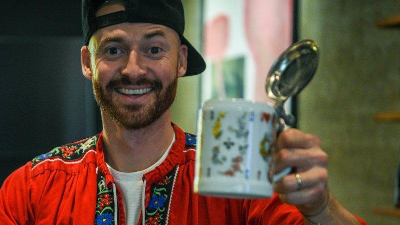 Neuchâtel: MC Roger, le paysan gangsta, sort un premier disque
