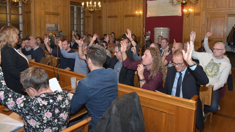La rénovation du collège de l'Ouest a été approuvée par 36 voix et trois abstentions.