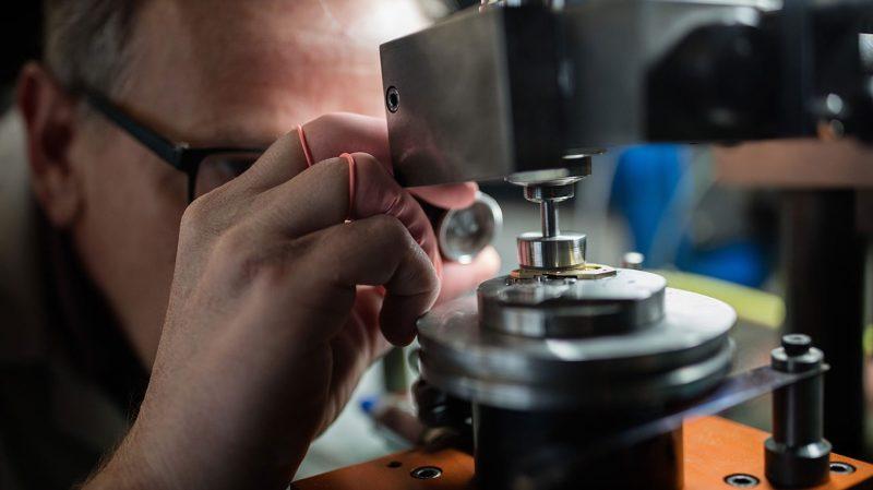 DM Surface s'est spécialisée dans la texturisation, structuration et micro-usinage en 3D sur tous types de matériaux.