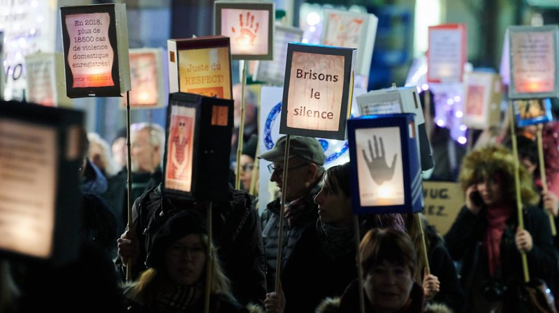 Neuchâtel: 300 personnes ont marché contre les violences faites aux femmes
