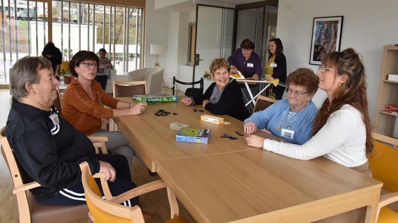 Le Locle: un foyer convivial où les retraités aiment passer la journée