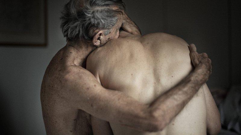 Le photographe Guillaume Perret capte les amours atypiques