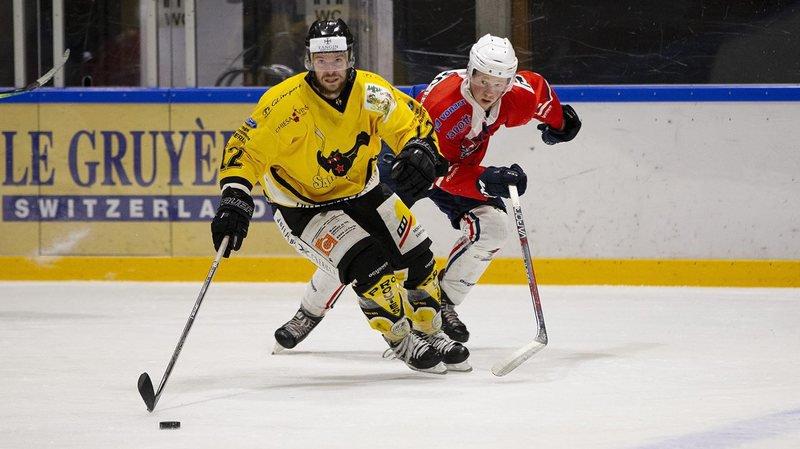Robin Fuchs (en jaune) a été le grand homme du match pour le HC Saint-Imier ce mercredi soir.