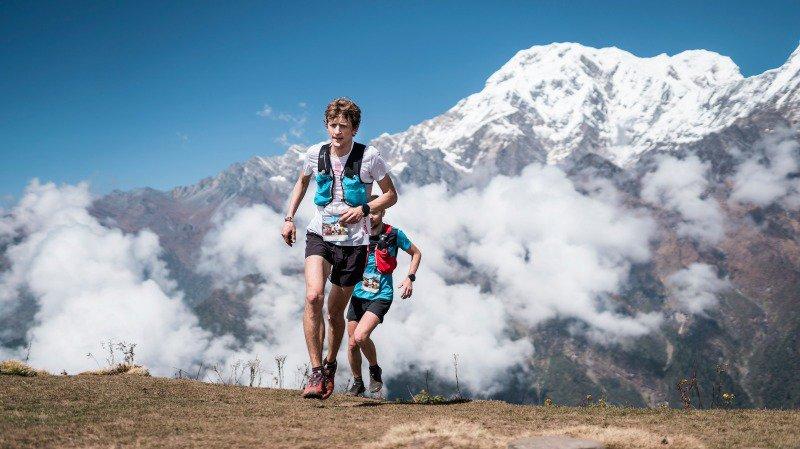 Marc Lauenstein en plein effort au Népal.