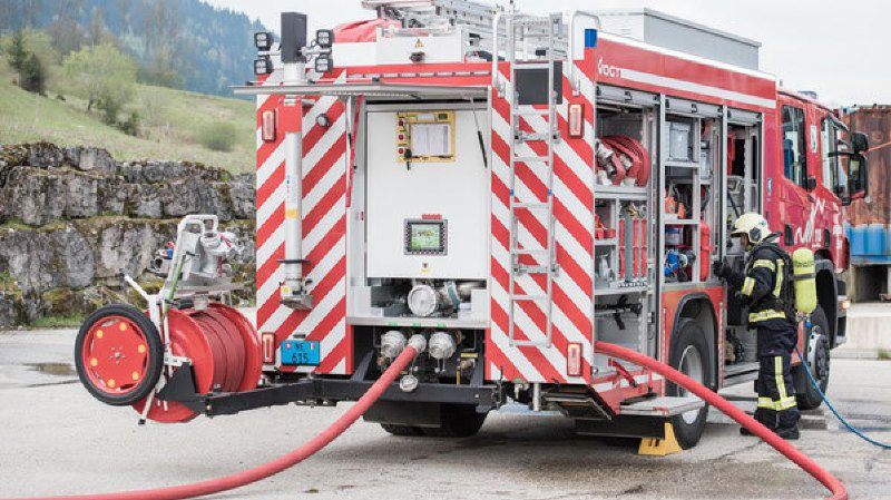 Les pompiers du Val-de-Travers sont intervenus avec plusieurs véhicules
