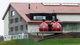 On devra être tout nu dans les nouveaux saunas de Saignelégier