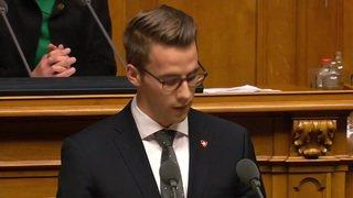 """La doyenne du National ouvre une législature """"historique"""""""