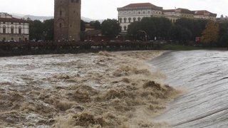 Intempéries: léger répit pour Venise sous les eaux, Florence et Pise en alerte