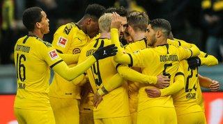 Football – Bundesliga: Dortmund s'impose à Berlin, répit pour Favre